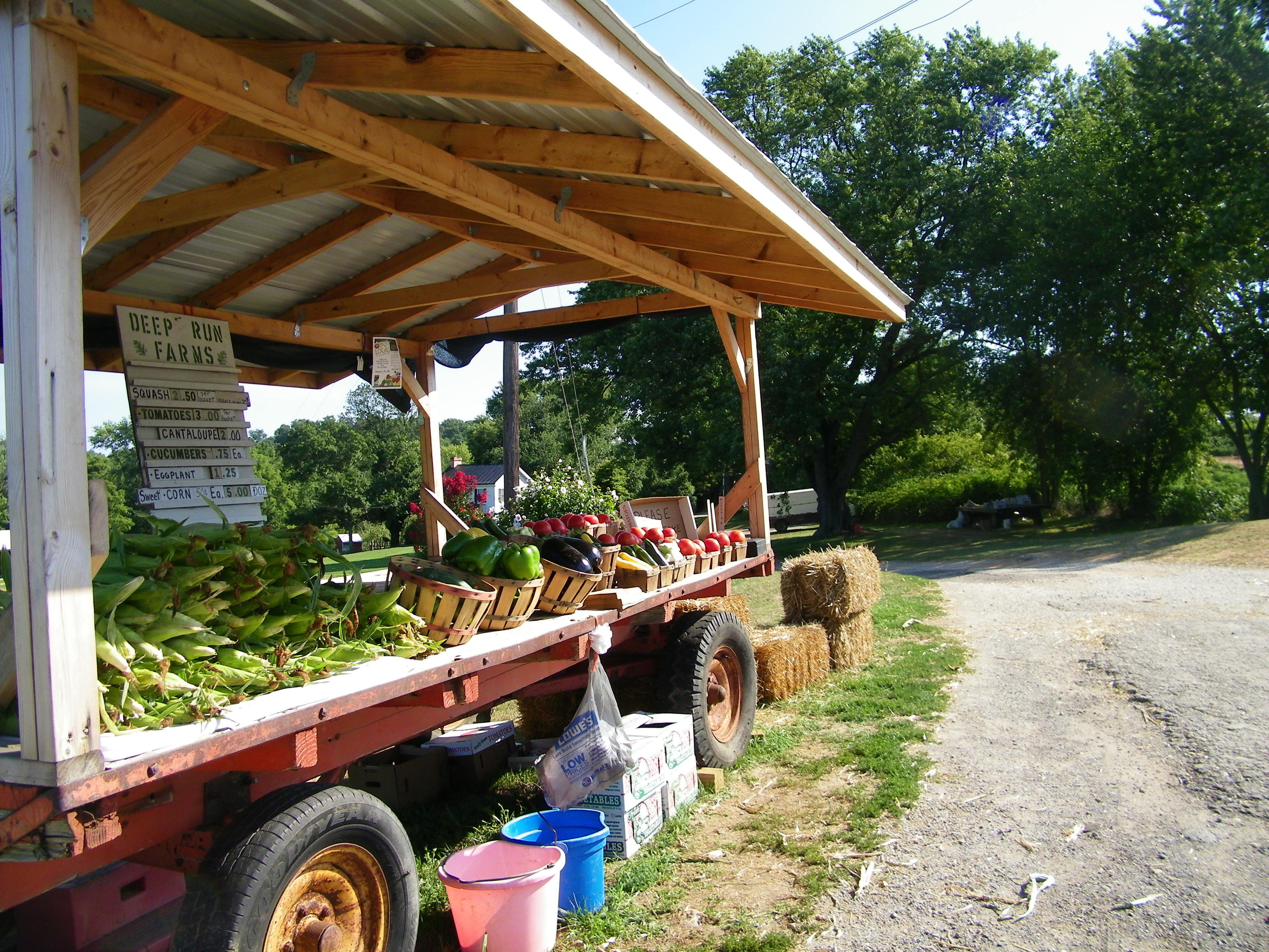 Roadside Farm Stand Serving Carroll County And Baltimore